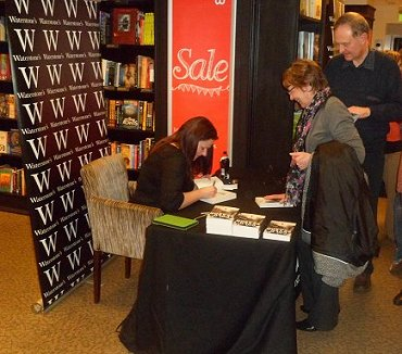 Alison Littlewood signing at Waterstone's, Leeds