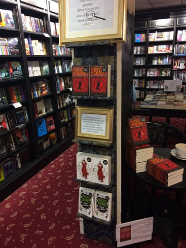 Waterstone's Bolton, Servants display