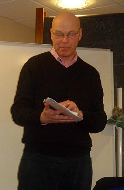 Simon Clark reading from his story