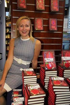 Sarah Pinborough, Poison launch